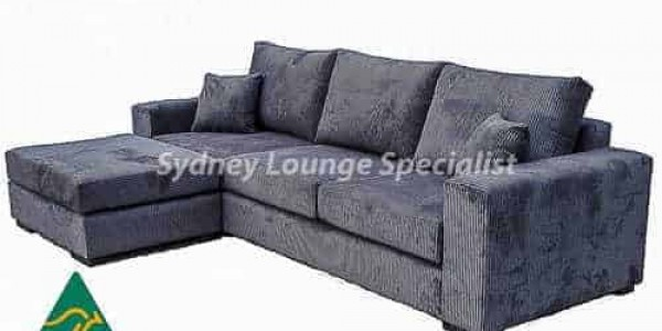 Viola 3.5 Seater + Ottoman- buttoning – studs